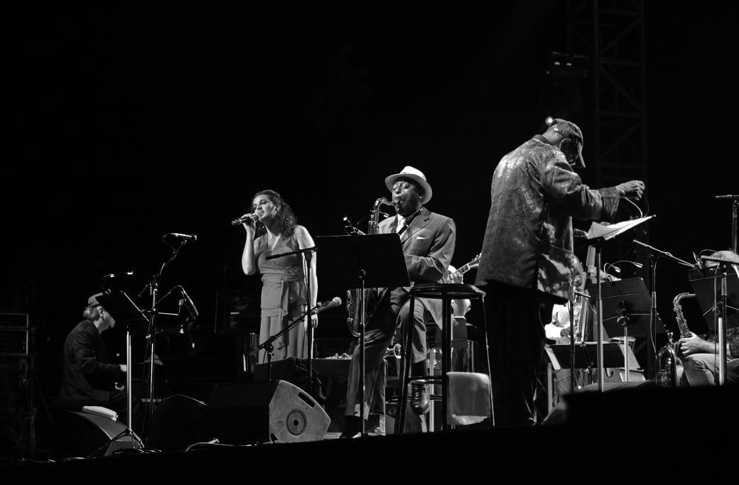 Archie Shepp concert palais longchamp Marseille dans le cadre du festival des 5 continents. reprise de Attica Blues (1972) avec 23 musiciens